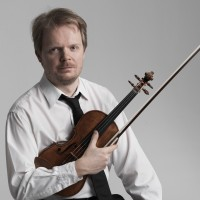 1994 IVCI Laureate Jaakko Kuusisto performs with Ronen Chamber Ensemble