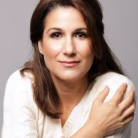 Stephanie J. Block: The Pros and Cons-cert