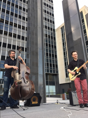 Live Music at Lugar Plaza