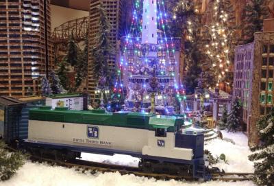 Jingle Rails: The Great Western Adventure at the E...