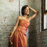 Fiddler's Holiday: Expanding Tradition with Kelly Hall-Tompkins, Violin