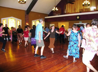 contra dance, live music