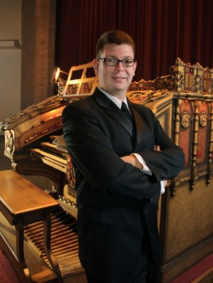 Pops on Pipes, Theatre Organ Concert