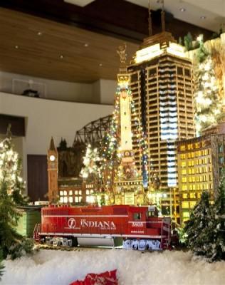 Holiday Photo Sessions Inside Jingle Rails