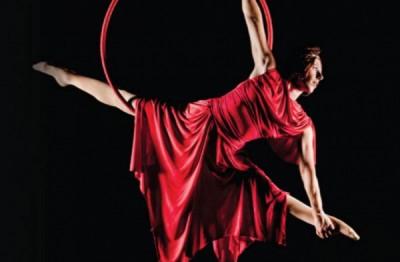 Cirque de la Symphonie Goes Broadway